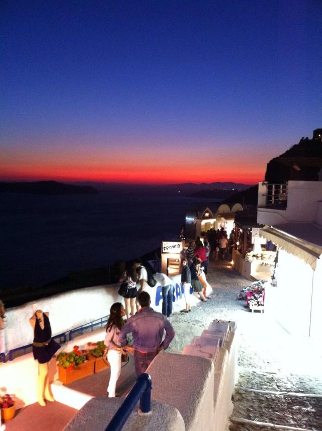 hayinstyle-santorini-fira-town-sunset