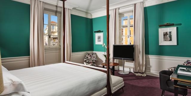 hayinstyle-jk-place-roma-master-room-2