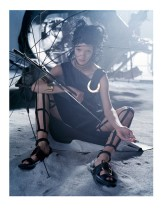 hayinstyle-mariacarla-boscono-tim-walker-vogue-italia-march-2014-5