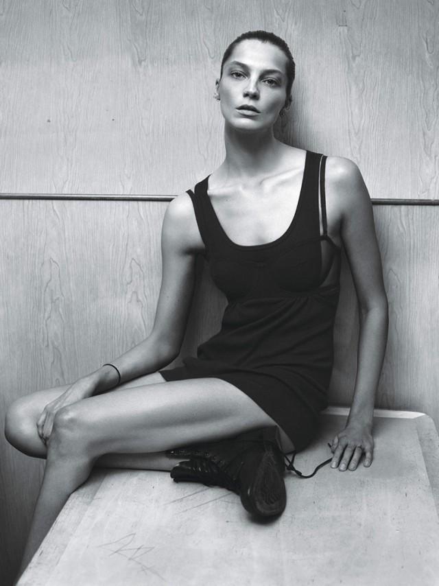 hayinstyle-supermodel-w-magazine-2014-mert-and-marcus-10