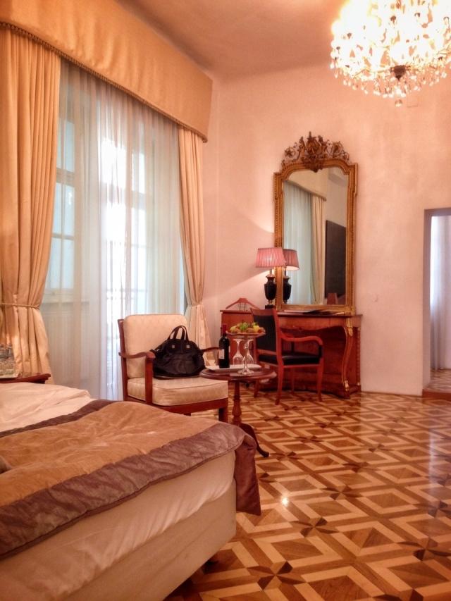 hayinstyle-travel-slovenia-antiq-palace-hotel-2