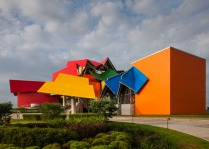hayinstyle-frank-gehry-biomuseo-panama-1