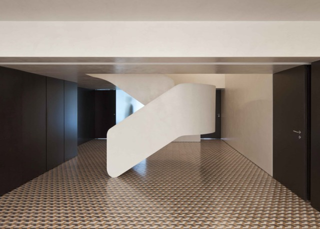 hayinstyle-correia-ragazzi-arquitectos-curving-staircase-1