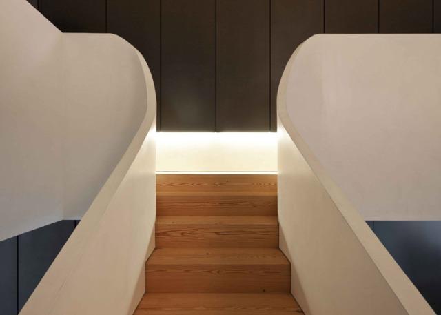 hayinstyle-correia-ragazzi-arquitectos-curving-staircase-2