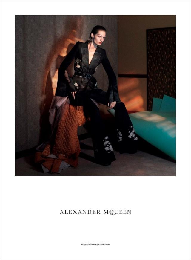 hayinstyle-karolin-wolter-david-sims-alexander-mcqueen-ss-2015-2