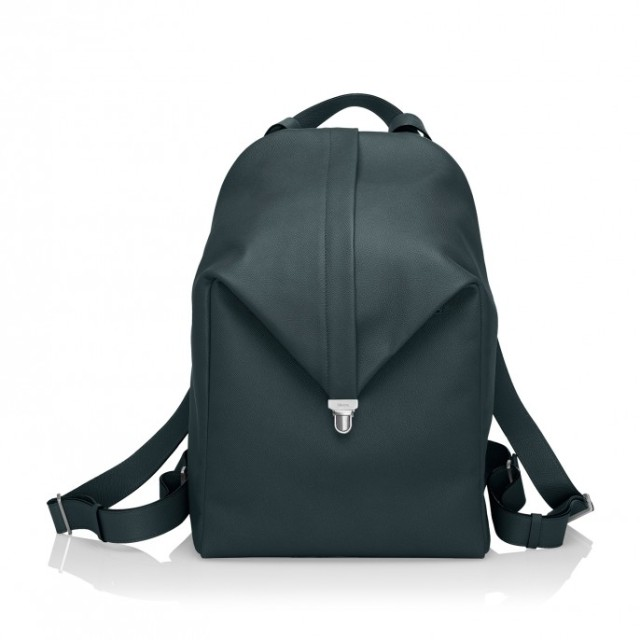hayinstyle-valextra-cortina-backpack-2015-1