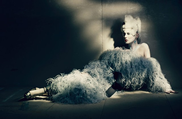 hayinstyle-kate-moss-paolo-roversi-w-2015-1