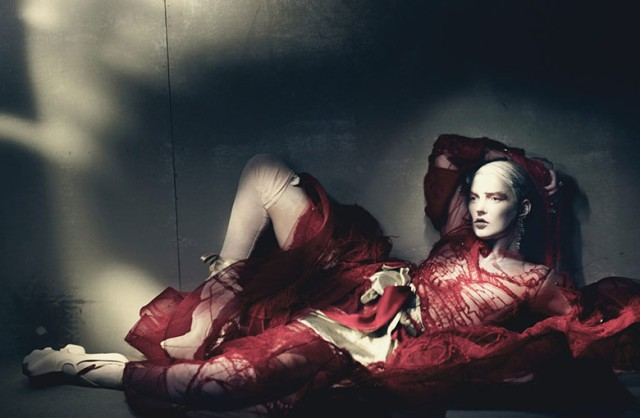 hayinstyle-kate-moss-paolo-roversi-w-2015-6