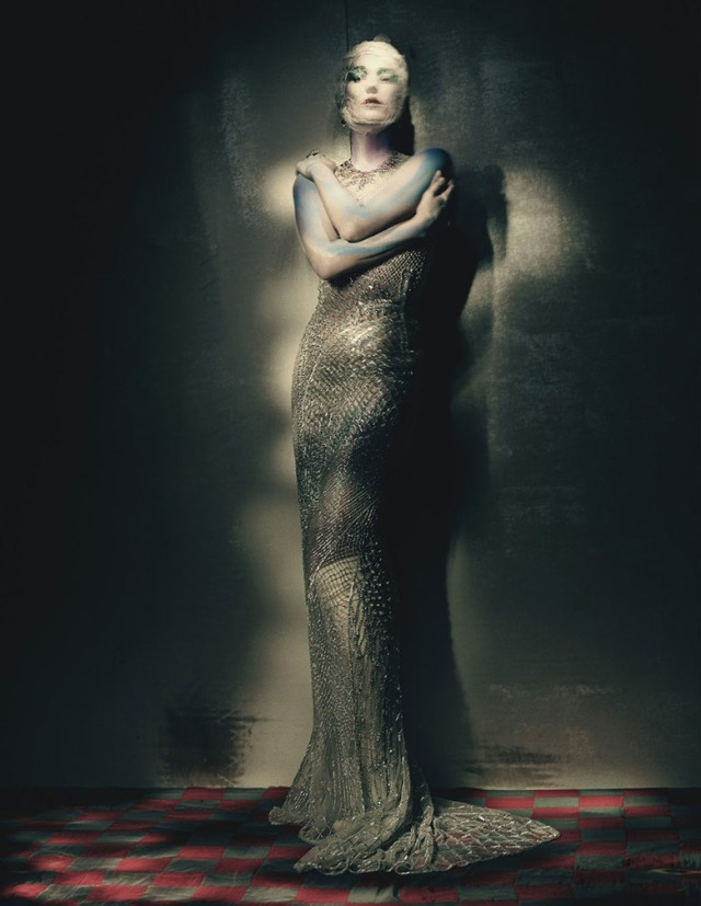 hayinstyle-kate-moss-paolo-roversi-w-2015-8
