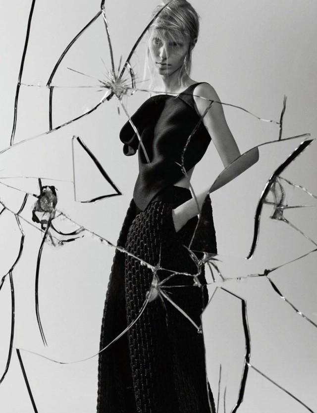 hayinstyle-julia-nobis-craig-mcdean-interview-magazine-2015-9
