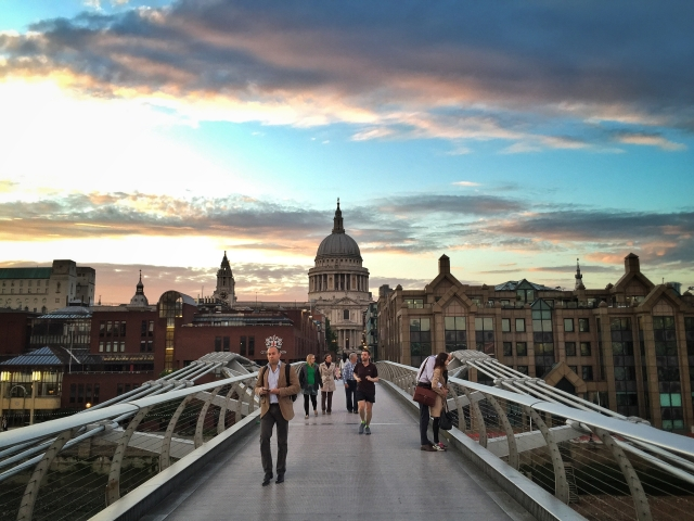 hayinstyle-travel-london-millennium-bridge-2015