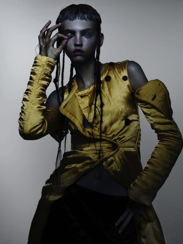 hayinstyle-molly-bair-nick-knight-v-magazine-2015-8
