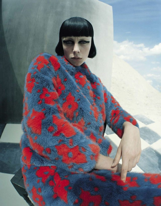 hayinstyle-edie-campbell-tim-walker-vogue-italia-2015-5