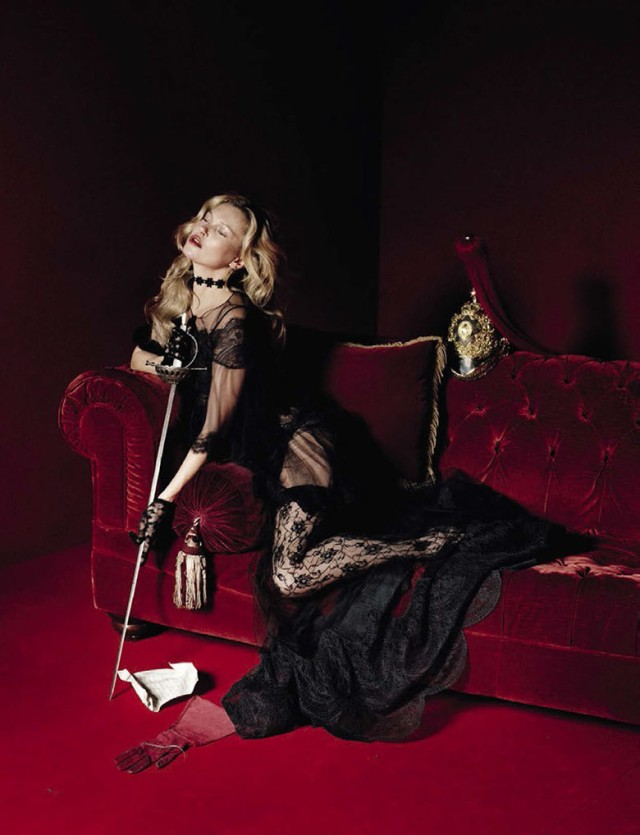 hayinstyle-kate-moss-tim-walker-vogue-italia-2015-3