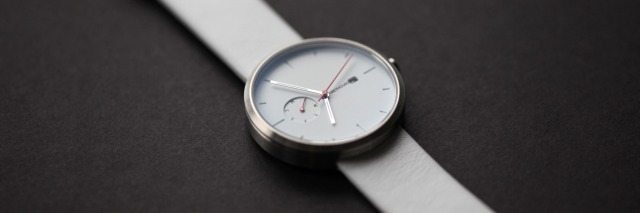 hayinstyle-greyhours-watch-essentials-3