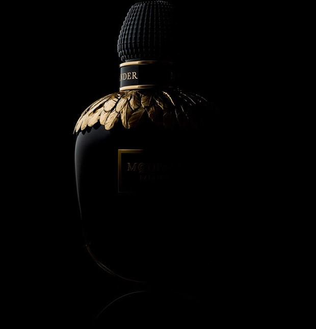 hayinstyle-maartje-verhoef-paolo-roversi-alexander-mcqueen-parfum-2016-4