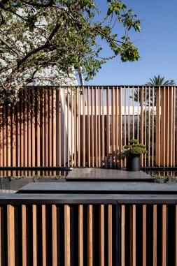 hayinstyle-the-s-house-pitsou-kedem-architects-2016-4