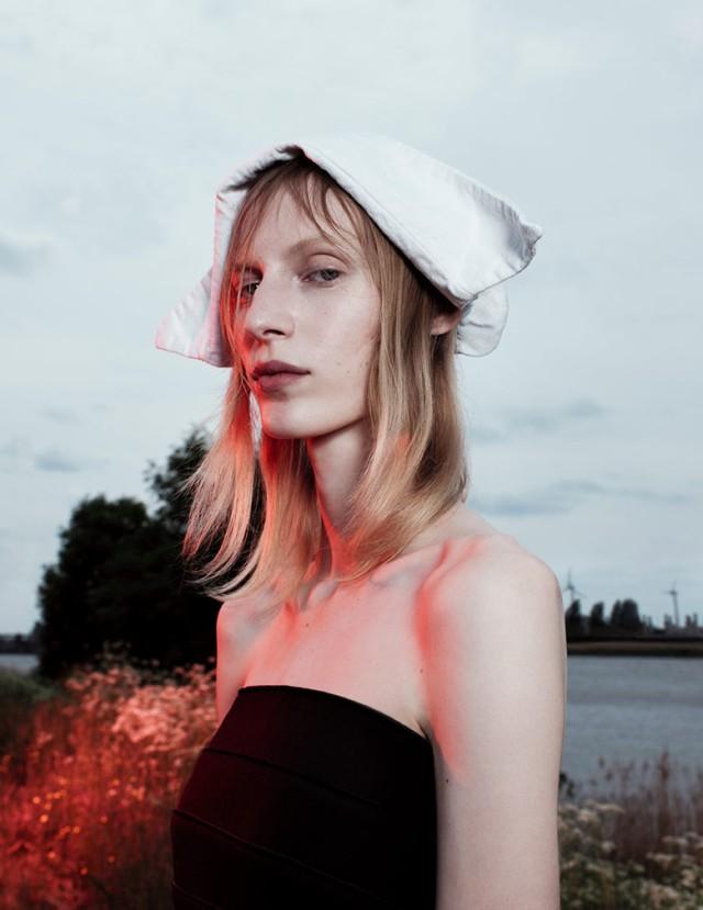 hayinstyle-julia-nobis-willy-vanderperre-love-magazine-fw-2016-17-5