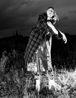 hayinstyle-julia-nobis-willy-vanderperre-love-magazine-fw-2016-17-8