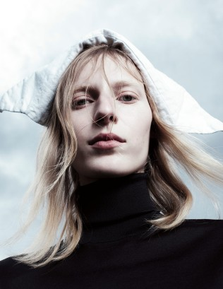 hayinstyle-julia-nobis-willy-vanderperre-love-magazine-fw-2016-17-9