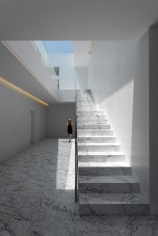 FRAN-SILVESTRE-ARQUITECTOS-ALUMINUM-HOUSE-006