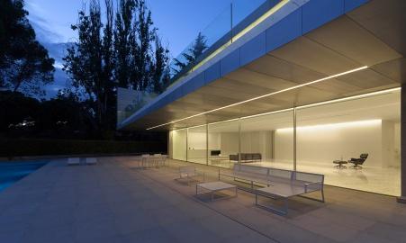 hayinstyle-aluminium-house-by-fran-silvestre-arquitectos-2