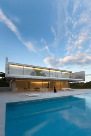 hayinstyle-aluminium-house-by-fran-silvestre-arquitectos-3