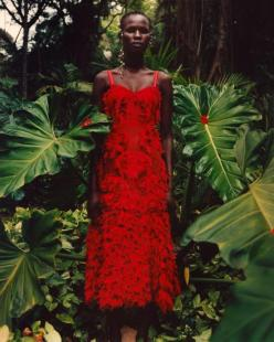 hayinstyle-shanelle-nyasiase-by-jamie-hawkesworth-for-alexander-mcqueen-spring-summer-2018-campaign-5