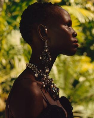 hayinstyle-shanelle-nyasiase-by-jamie-hawkesworth-for-alexander-mcqueen-spring-summer-2018-campaign-7