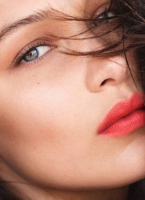 hayinstyle-bella-hadid-by-daniel-jackson-for-allure-september-2018-8