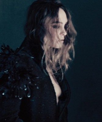 hayinstyle-lily-rose-depp-by-paolo-roversi-for-vogue-korea-september-2018-9