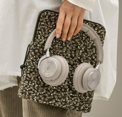 hayinstyle-bang-and-olufsen-and-raf-simons-carvort-fabric-by-kvadrat-for-ss19-1