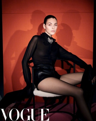 hayinstylr-vittoria-ceretti-by-solve-sundsbo-for-vogue-china-march-2019-6
